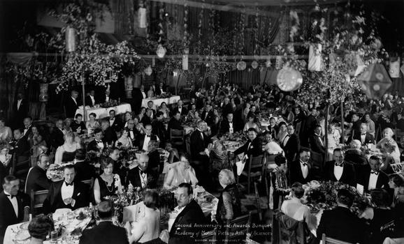 1927/28 (1st) Academy Awards® Banquet, Blossom Room, Roosevelt Hotel, Hollywood (May 16, 1929).