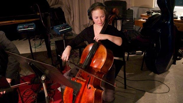 Cellist Ashley Bathgate of Billband (and Bang on a Can All-Stars)
