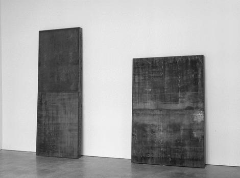 Richard Serra. Counterweights, 2013. Weatherproof steel. Left: 106 x 39 x 5 inches / 269.2 x 350.5 x 12.7 cm  Right: 78 x 53 x 5 inches / 198.1 x 134.6 x 12.7 cm