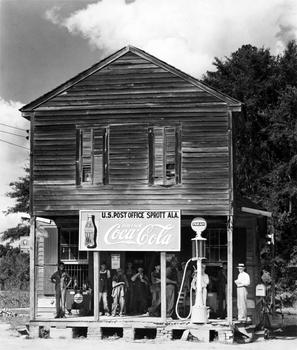 Walker Evans. Crossroads Store, 1936.