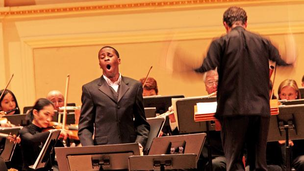 Baritone Nathan De'Shon Myers joins the Albany Symphony and conductor David Allan Miller.