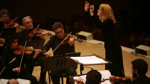 Jazz composer Maria Schneider leads the St. Paul Chamber Orchestra in her first composition, 'Carlos Drummond de Andrade Stories' at Carnegie Hall.