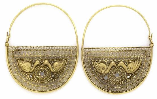 Byzantium covered much of North Africa and the eastern Mediterranean during the seventh century and was a dynamic mix of cultures. Seen here: earrings with birds.