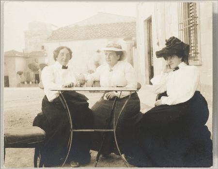 Claribel Cone, Gertrude Stein, and Etta Cone sitting at a table in Settignano, Italy, June 26, 1903.