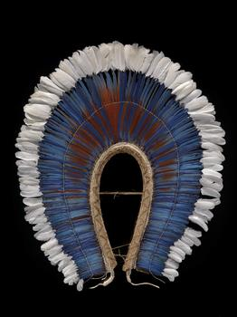 Mebêngôkre krokrokti (feather headdress or cape)