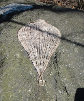 One of his carvings from the New York area: an image of a hot-air balloon, made in 2009.