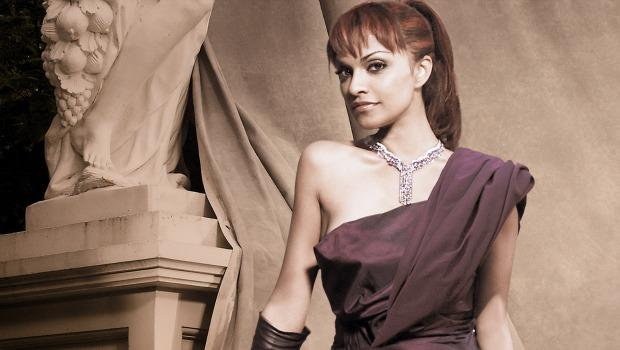 Soprano Danielle de Niesse