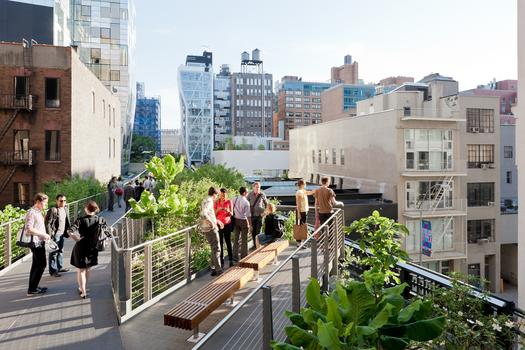 The High Line, Falcone Flyover, the pathway rises eight feet above the High Line, winding through a canopy of trees, between West 25th and West 27th Street, looking South, 2011