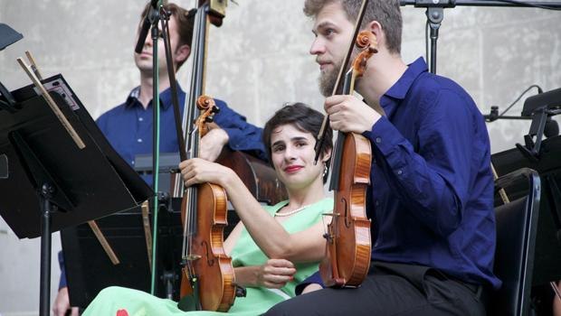 Violinists Johnny Gandelsman (front) and Christina Courtin.