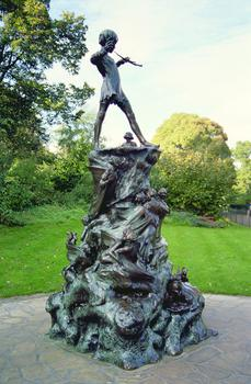Sir George James Frampton, Peter Pan, 1912. Bronze statue in Kensington Gardens, London. (Courtesy of the Bridgeman Art Library)