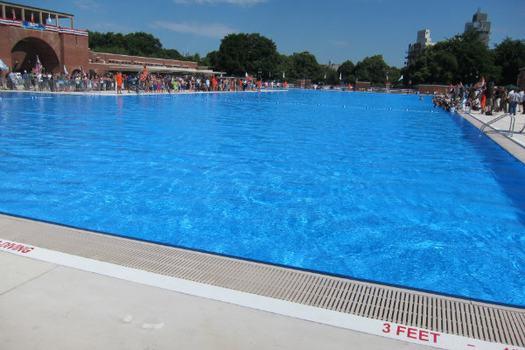 mccarren pool reopens
