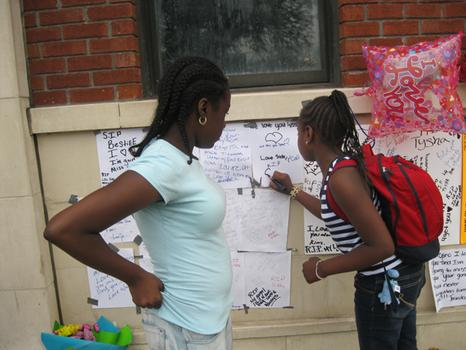 Tysha's friends write personal notes to her and condolences to her family
