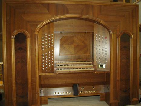 Close-up of one of the organ's two consoles.