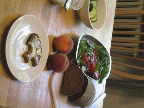 Lunch: dark bread with anchovy butter spread; tomato-basil salad; peaches