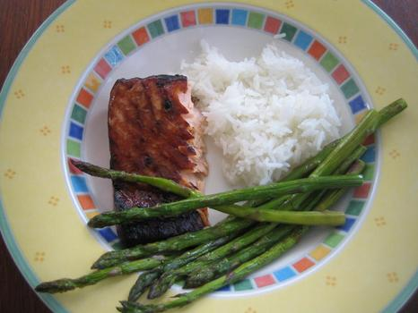 Dinner: salmon marinaded in teriyaki sauce; asparagus roasted with olive oil, salt and pepper; jasmine rice