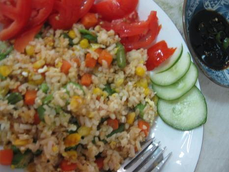 Lunch: fried rice with mixed vegetables, okra and eggs