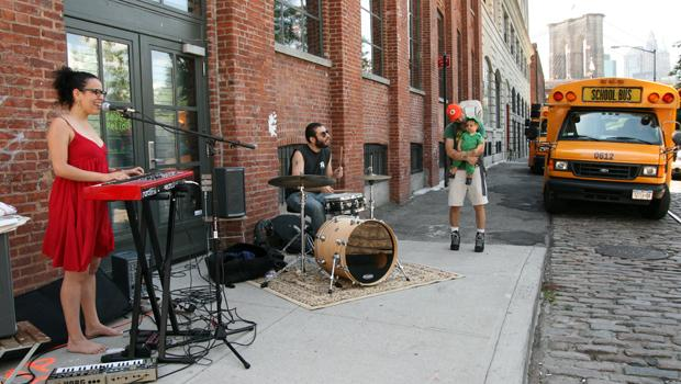 Xenia Rubinos with Marco Buccelli on drums playing bi-lingual punk/soul/electronica near the DUMBO Arts Center.