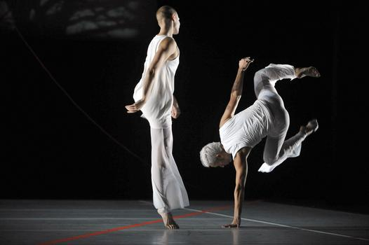'A Quarreling Pair' was directed and choreographed by the Bill T. Jones/Arnie Zane Dance Company. The group is an established Manhattan dance company now part of the super group New York Live Arts.