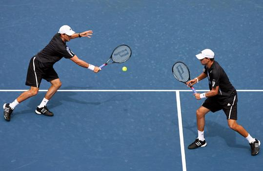 Bob Bryan and Mike Bryan play Carsten Ball and Chris Guccione