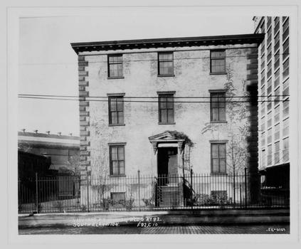 The $25.6 million project includes a restored building built in 1857 that once belonged to a commandant of the U.S. Marine Corps. Here, the building as it looked in 1932.