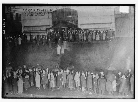 Thousands awaited the Carpathia at Pier 54 after news of the sinking of Titanic reached New York.