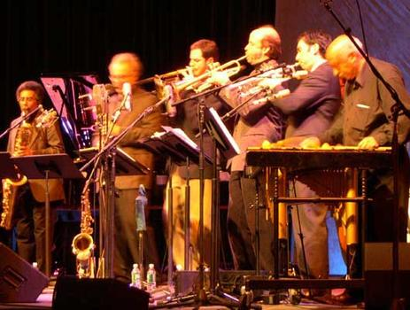 <strong> Members of the Either/Orchestra and (far R) Mulatu Astatqe.  World Financial Center, 11/12/04.</strong>