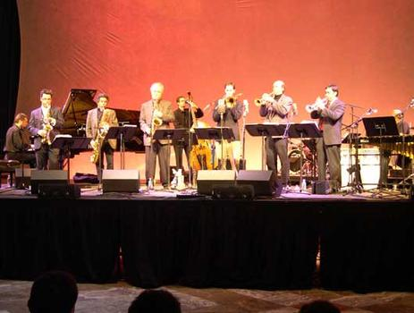<strong>The Either/Orchestra at the World Financial Center, 11/12/04.</strong>