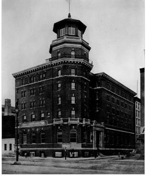 The American Seamen's Friends Society Sailors' Institute was built from 1906-'08 and was designed by William Alciphron Boring, the architect behind the immigration station at Ellis Island.