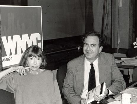 Author Joan Didion poses with Leonard while discussing her book, <em>The Last Thing He Wanted</em>, 1996.