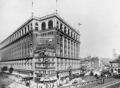 Macy's Building and Herald Square, 1907