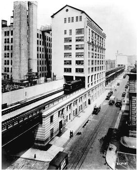 The High Line, view from West 17th Street, looking north, photographer unknown, 1934