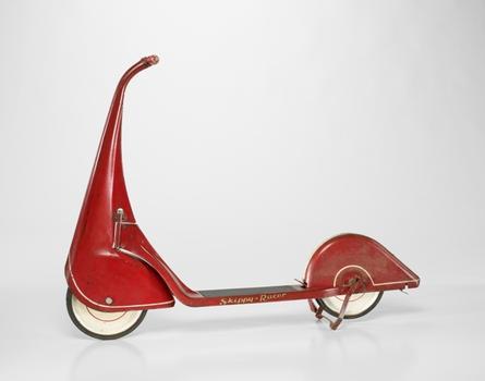 John Rideout (American, 1898 – 1951) and Harold Van Doren (American, 1895-1957). Skippy-Racer scooter. c. 1933.
