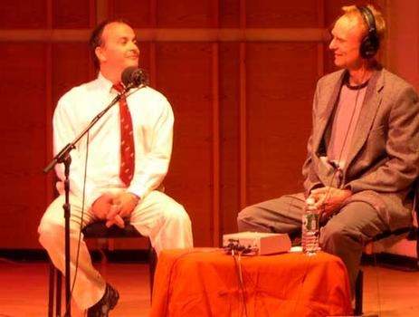 <strong>Phil Kline talks evasive politics with host John Schaefer from the stage at Merkin Hall, 9/28/04.</strong>