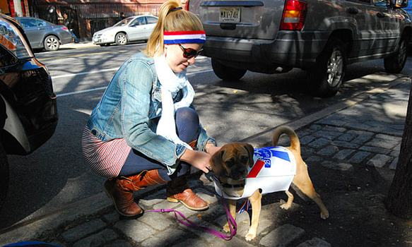 Luna, who was dressed as a can of Pabst Blue Ribbon, placed No. 18 in the second round of awards.