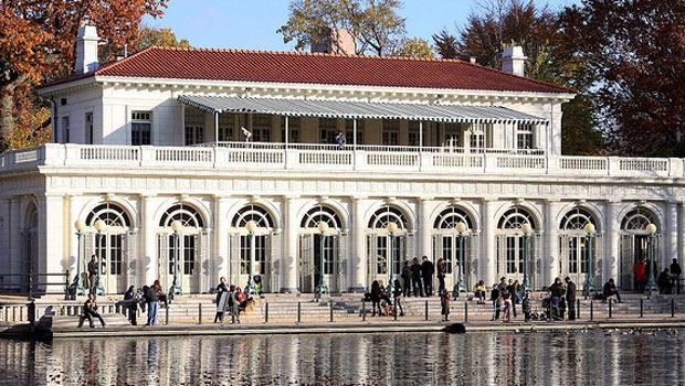 The boathouse at Prospect Park adds architectural appeal to this already appealing site.
