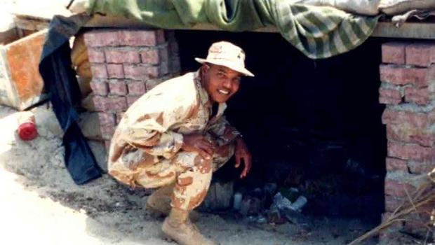 Alexis' dad in Iraq