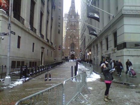 The snow didn't stop tourists visiting Wall Street.