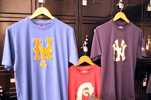 Vintage-style t-shirts at Bergino.