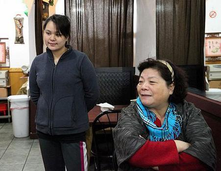 Workers at Ku-Shiang restaurant.