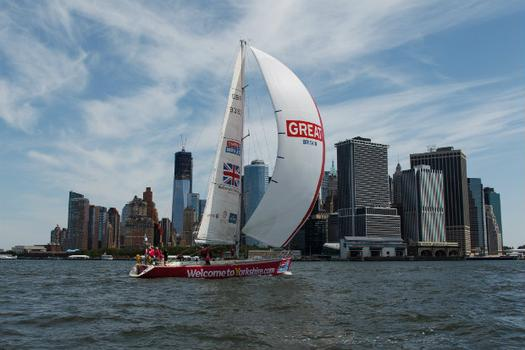 The Parade of Sail on the Hudson took place at the same time as the Jubilee in London.