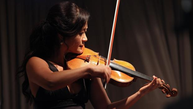 Violinist Chee-Yun performing on the 1,800th broadcast of the Young Artists Showcase.