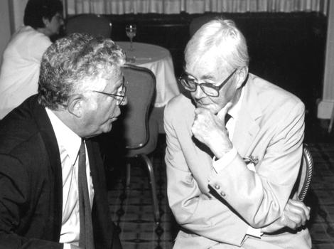 Richard Ravitch confers with Senator Daniel Patrick Moynihan