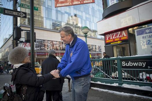 Mayor Bill de Blasio visited the Upper East Side Wednesday afternoon after complaints about slow snow removal