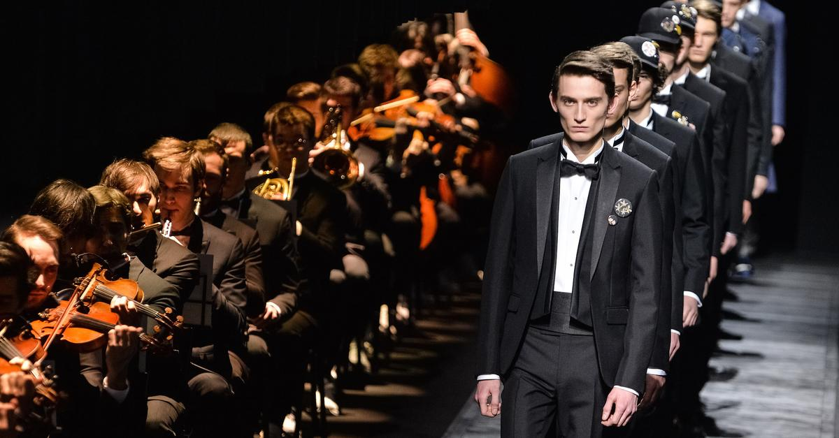 Celebrities Gasp At Hidden Orchestra In Paris Fashion Show Wqxr