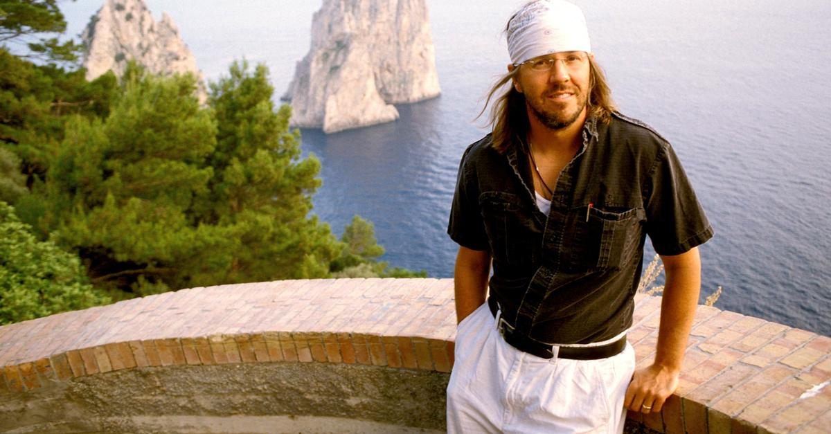 franzen essay on david foster wallace Farther away takes its title from the new yorker essay in which franzen first discussed the suicide his essay on david foster wallace persuaded me to buy that.
