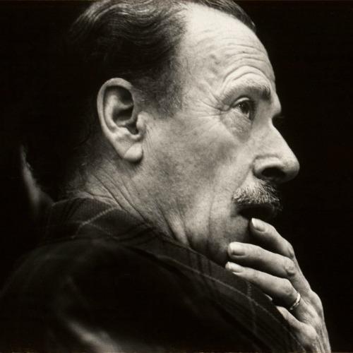 Marshall McLuhan   just b.CAUSE