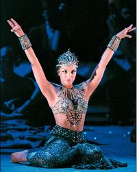 Danielle De Niese as Cleopatra at the Glyndebourne Festival in 2005
