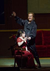 Patricia Racette as Tosca and Bryn Terfel as Scarpia in Puccini's 'Tosca'