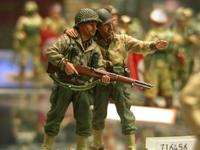 two male toy soldiers