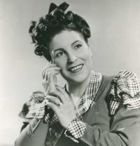 Licia Albanese as Mimì in La Boh�